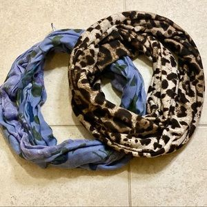 Set of infinity scarves.
